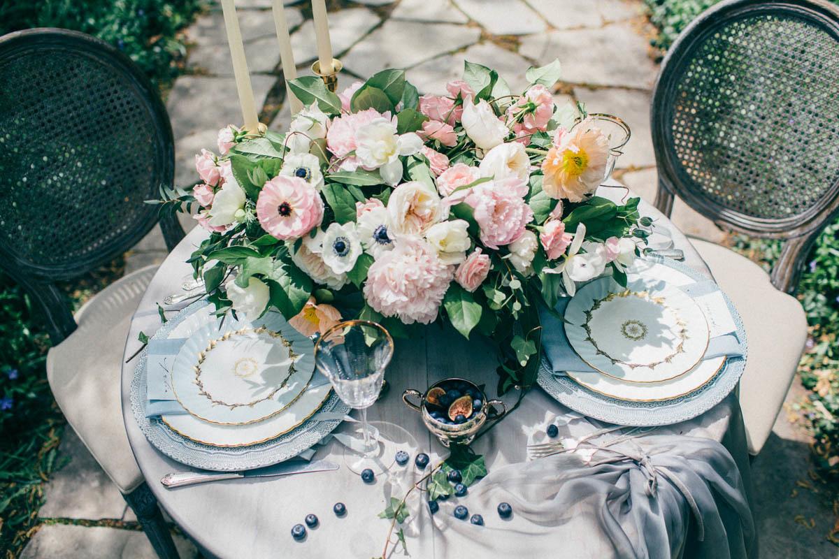 jessica-little-photography-vineyard-bride-swish-list-botanical-gardens-niagara-falls-editorial-12.jpg