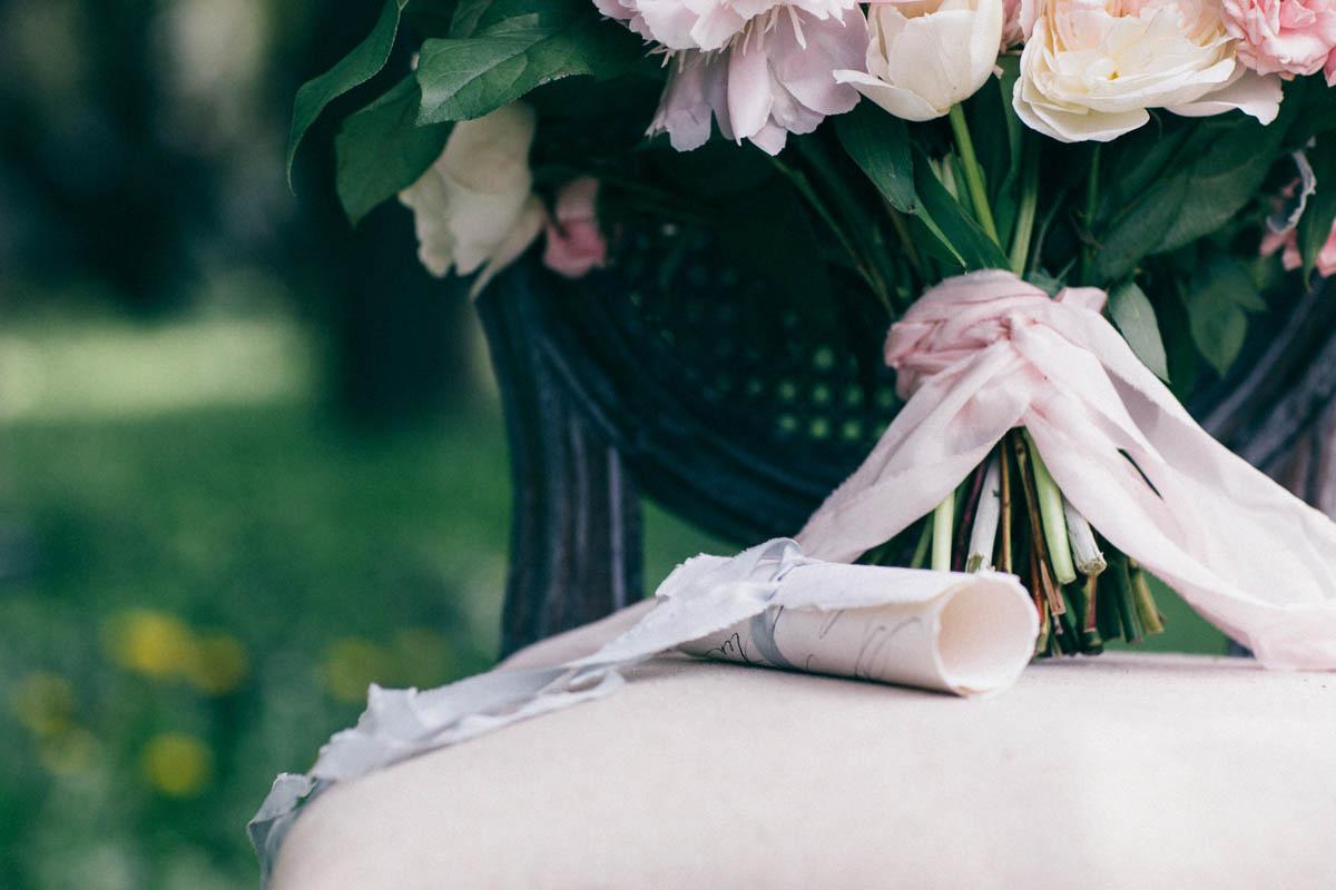 jessica-little-photography-vineyard-bride-swish-list-botanical-gardens-niagara-falls-editorial-19.jpg