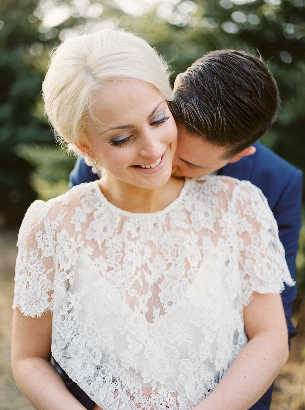 kayla-yestal-photography-vineyard-bride-swish-list-beamer-falls-manor-grimsby-engagement-8.jpg