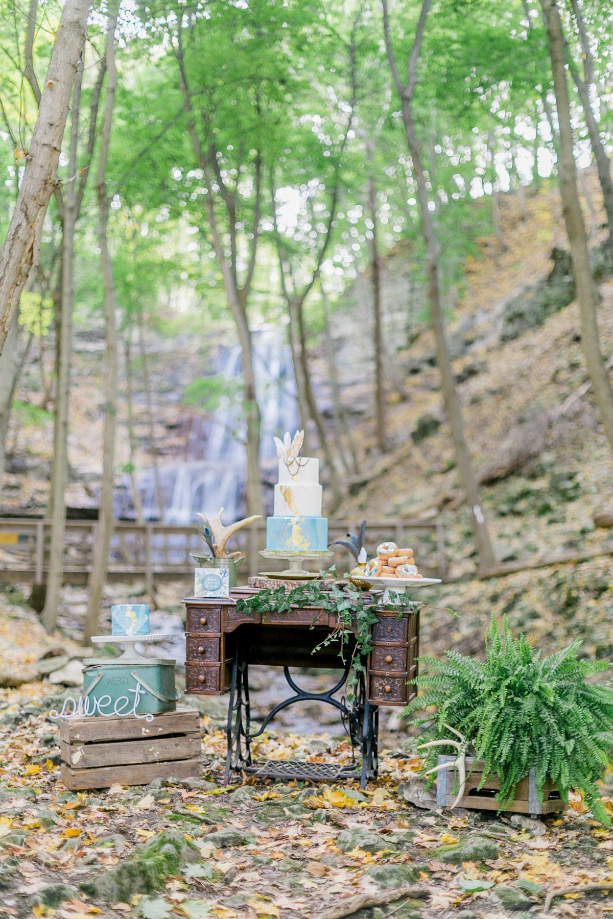 melissa-northcott-photography-vineyard-bride-swish-list-hamilton-waterfall-editorial-4.jpg