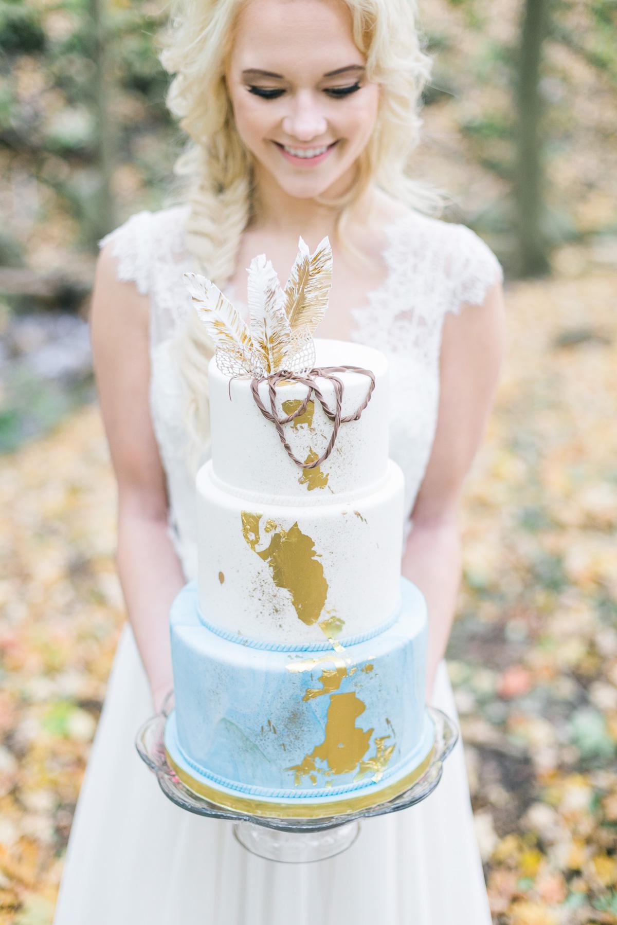 melissa-northcott-photography-vineyard-bride-swish-list-hamilton-waterfall-editorial-8.jpg