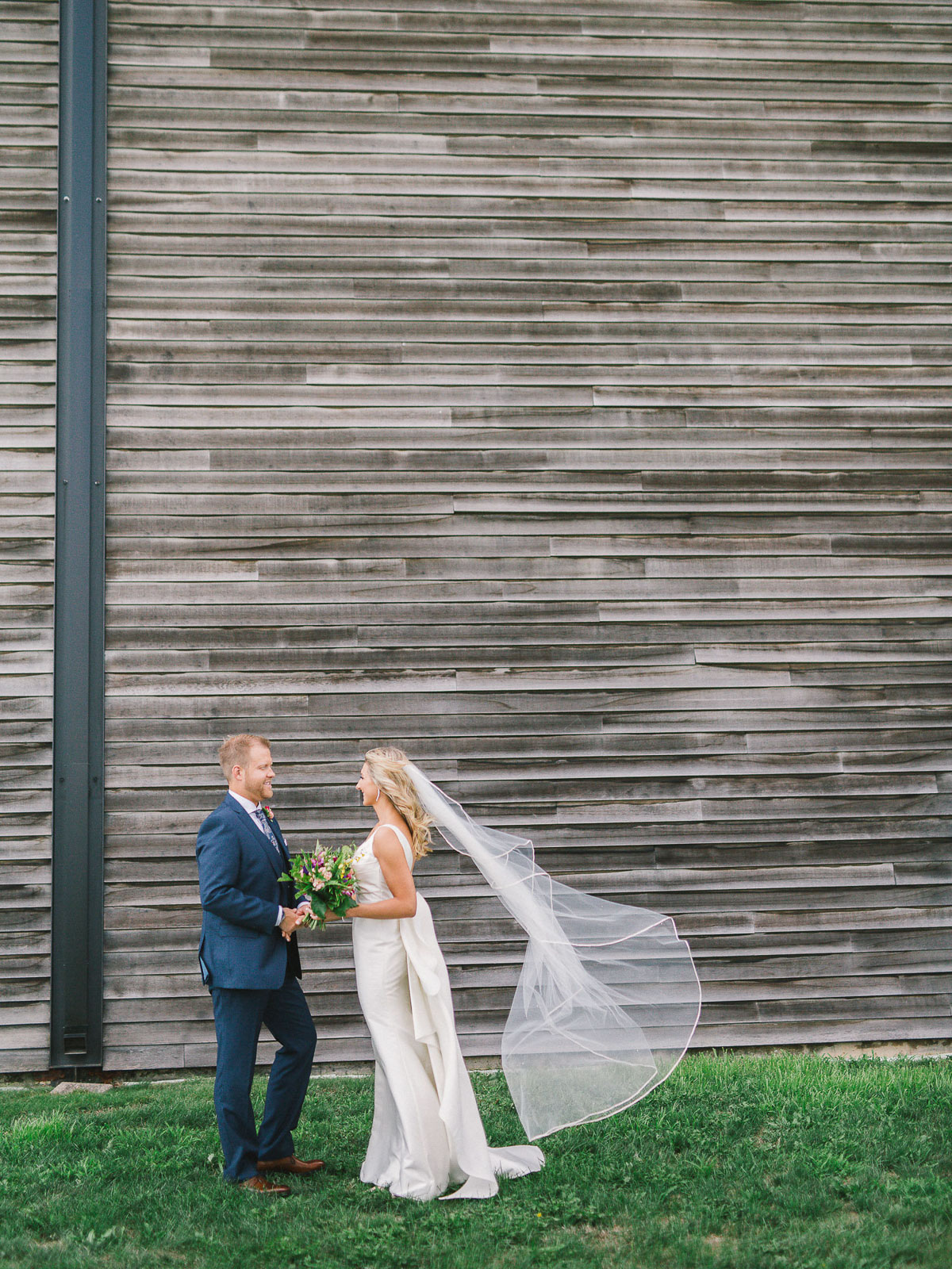 julia-park-photography-vineyard-bride-swish-list-stratus-winery-niagara-on-the-lake-wedding-5.jpg