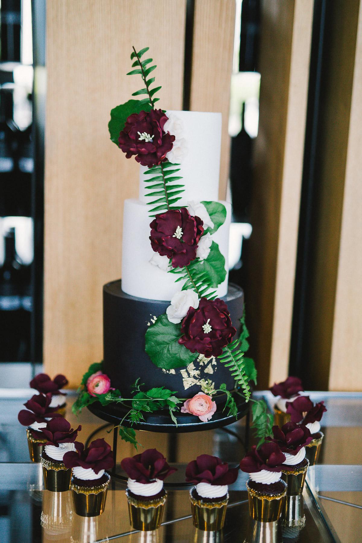julia-park-photography-vineyard-bride-swish-list-stratus-winery-niagara-on-the-lake-wedding-8.jpg