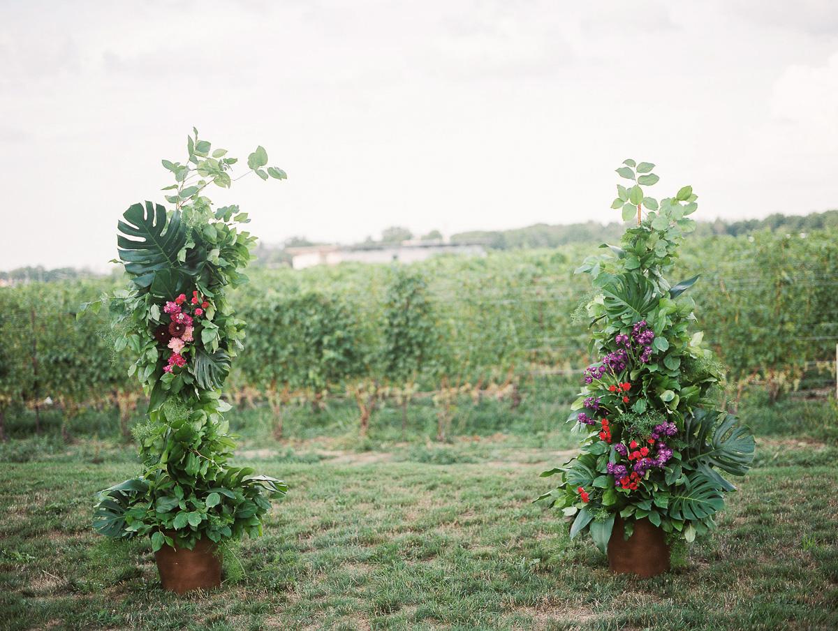 julia-park-photography-vineyard-bride-swish-list-stratus-winery-niagara-on-the-lake-wedding-12.jpg