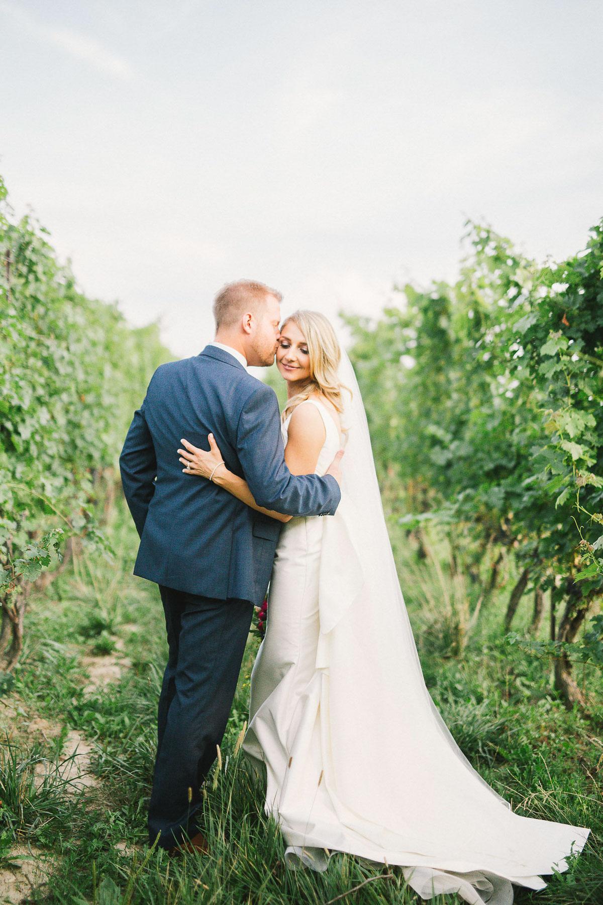 julia-park-photography-vineyard-bride-swish-list-stratus-winery-niagara-on-the-lake-wedding-24.jpg