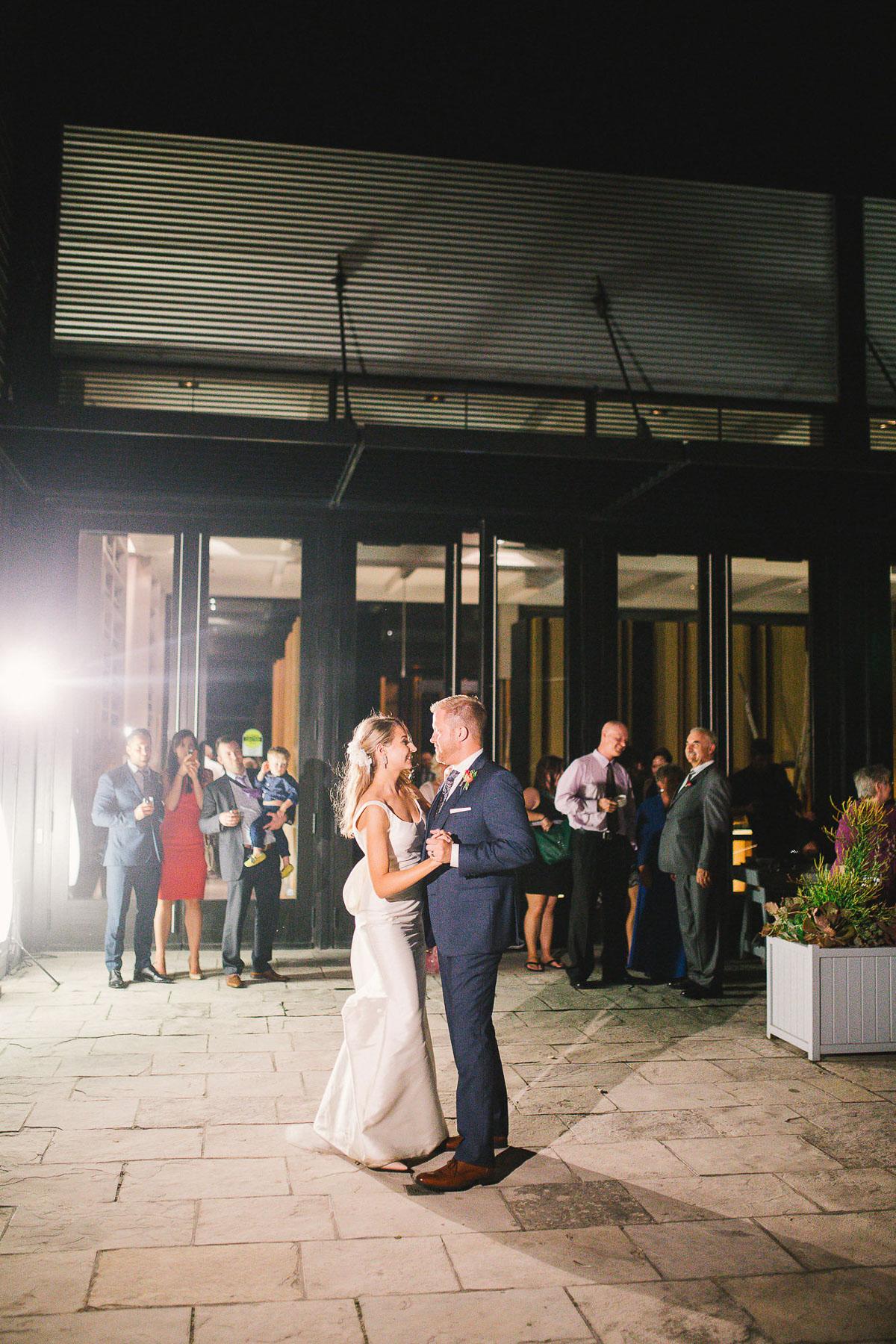 julia-park-photography-vineyard-bride-swish-list-stratus-winery-niagara-on-the-lake-wedding-31.jpg