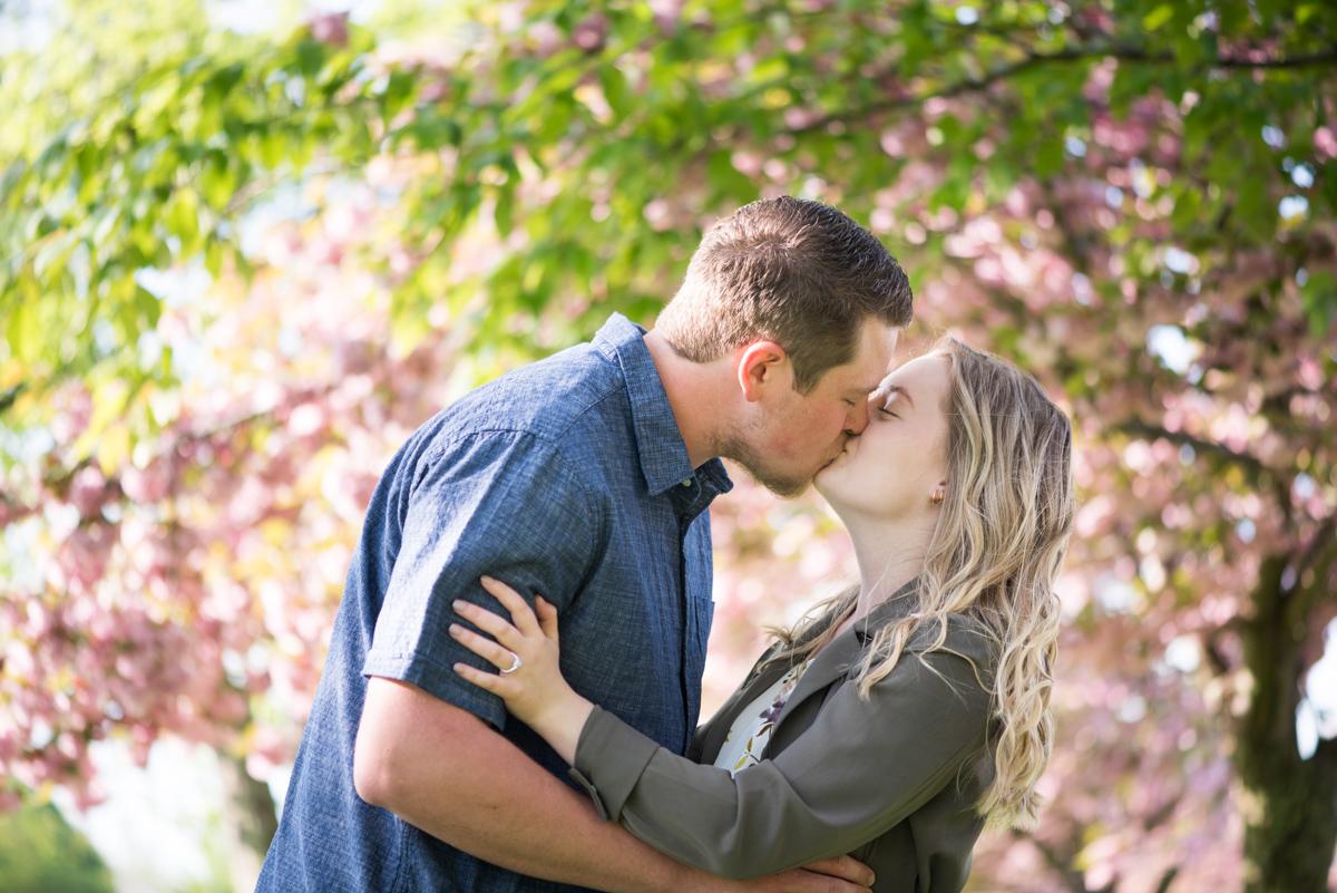 love-always-photography-vineyard-bride-swish-list-mcfarland-house-niagara-on-the-lake-engagement-6.jpg