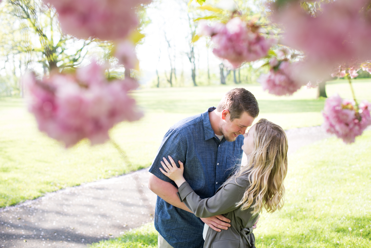 love-always-photography-vineyard-bride-swish-list-mcfarland-house-niagara-on-the-lake-engagement-7.jpg