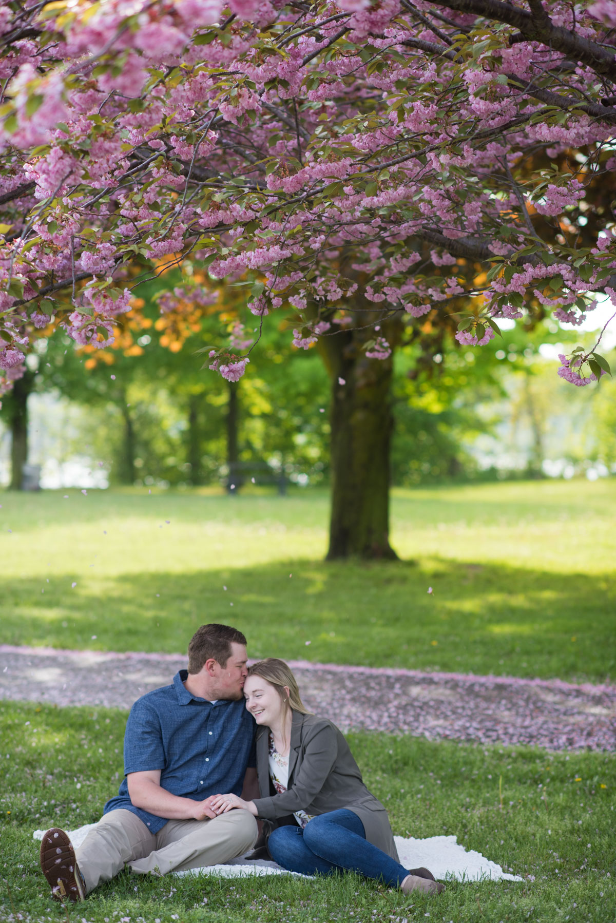 love-always-photography-vineyard-bride-swish-list-mcfarland-house-niagara-on-the-lake-engagement-37.jpg