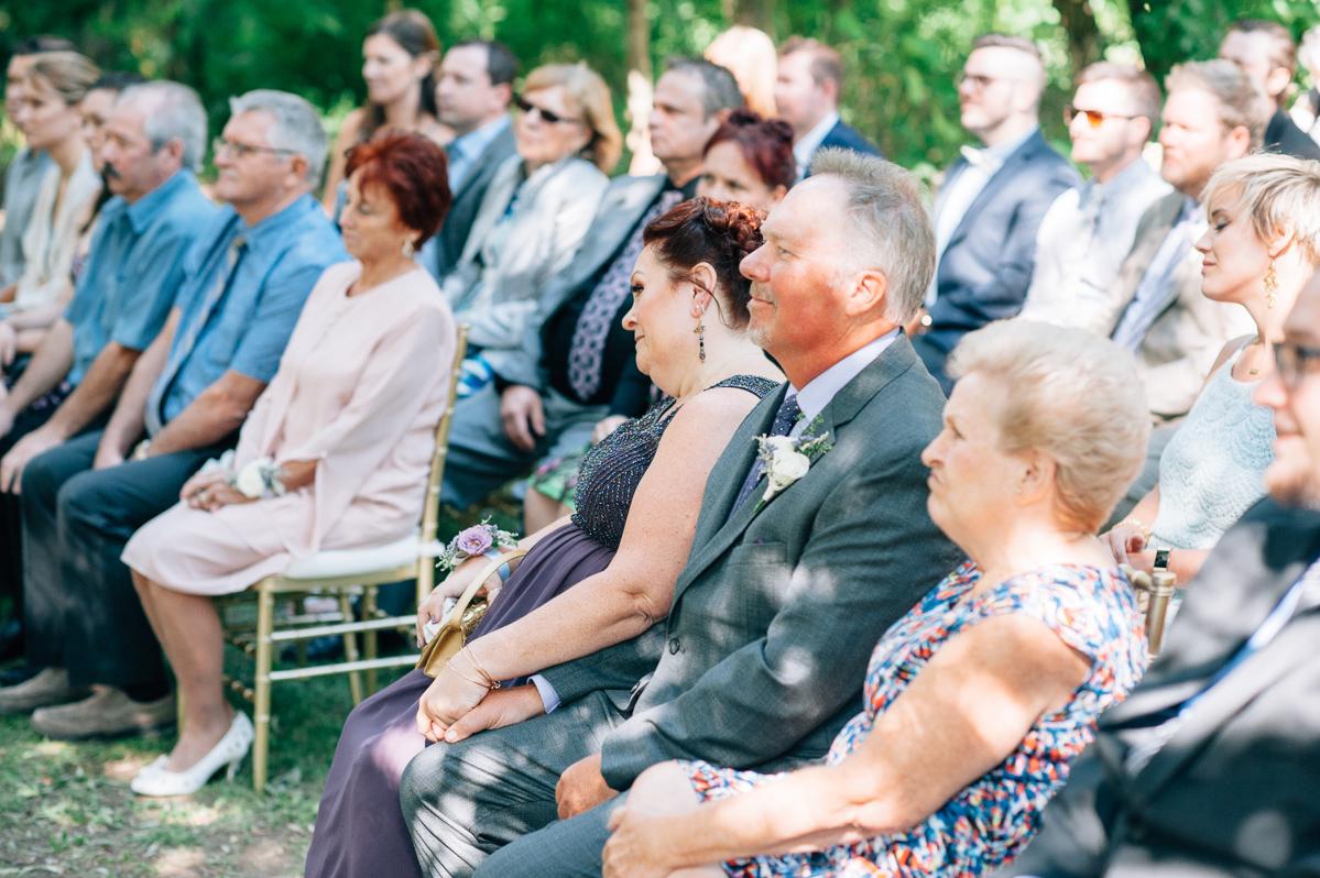 sara-wilde-photography-vineyard-bride-swish-list-beamer-falls-manor-grimsby-wedding-28.jpg