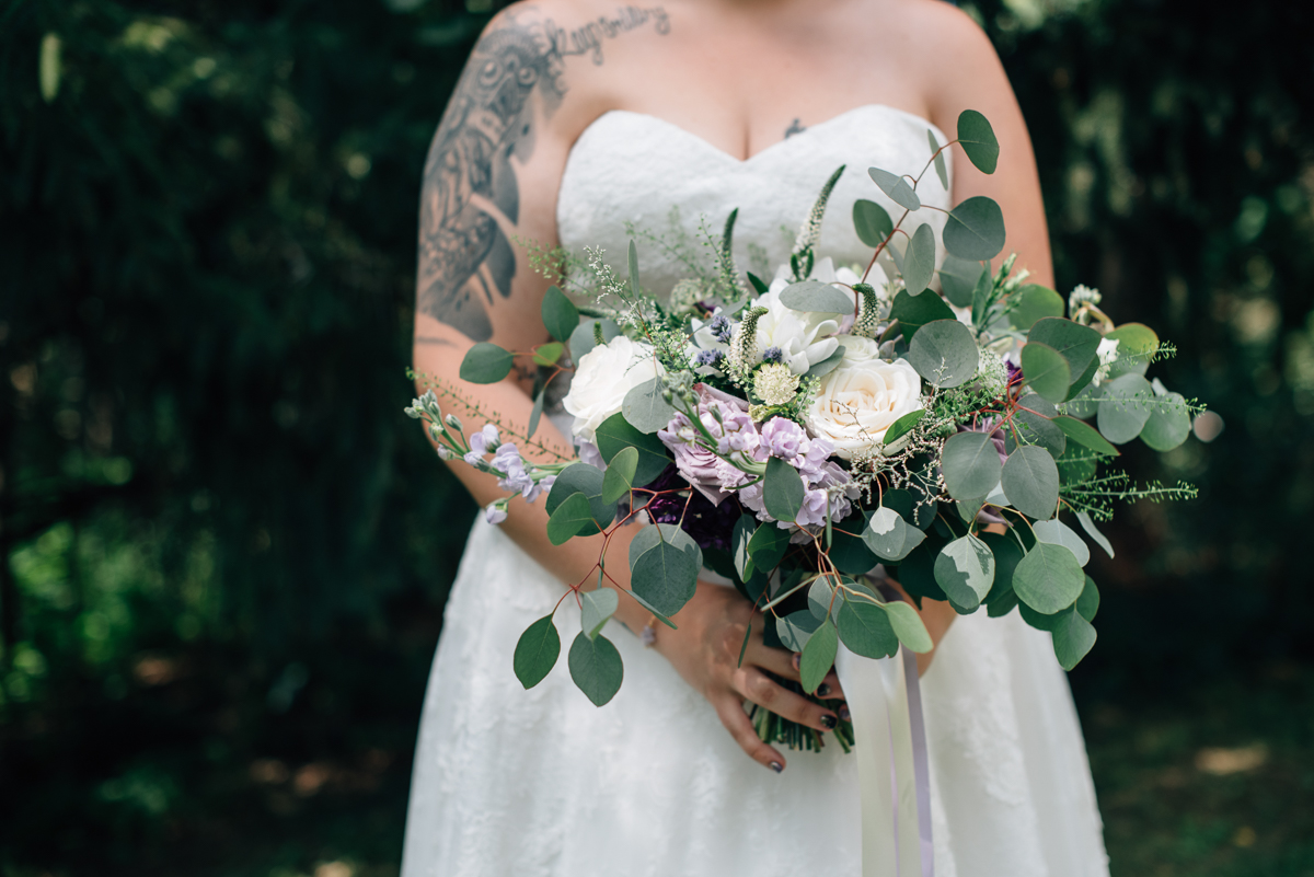 sara-wilde-photography-vineyard-bride-swish-list-beamer-falls-manor-grimsby-wedding-42.jpg