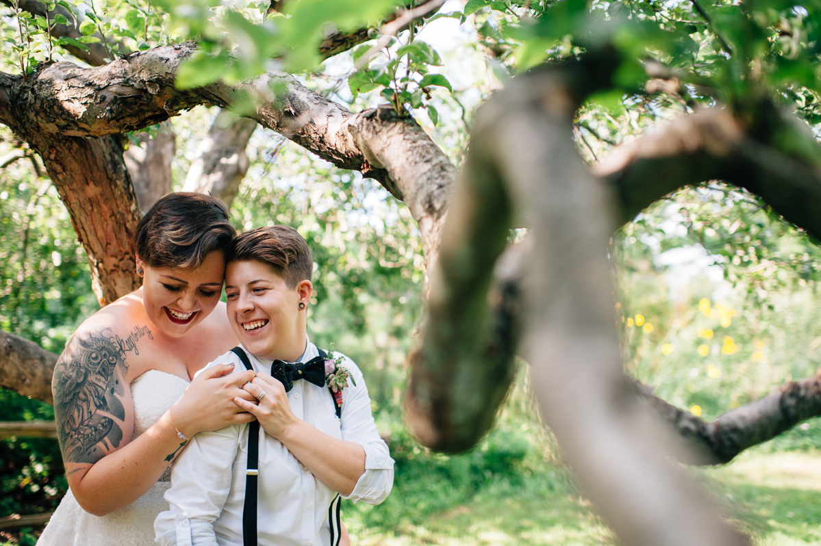sara-wilde-photography-vineyard-bride-swish-list-beamer-falls-manor-grimsby-wedding-54.jpg