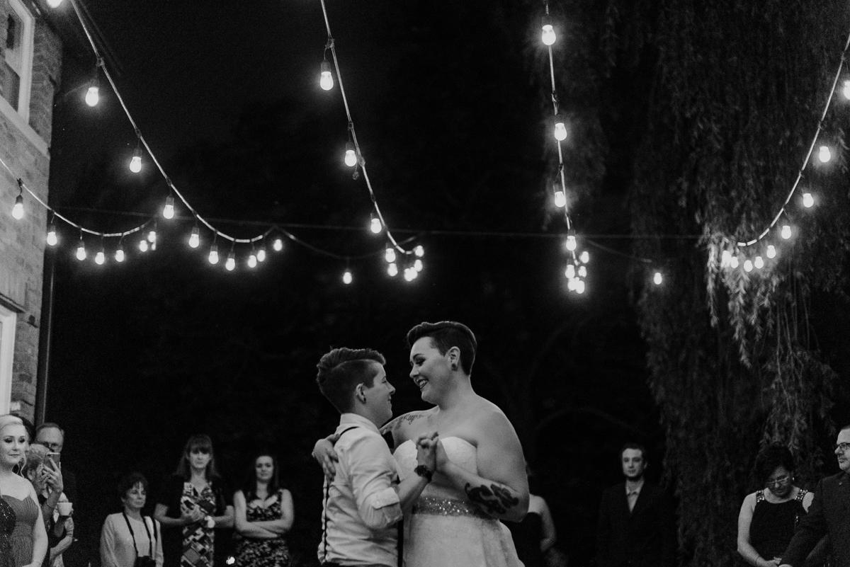 sara-wilde-photography-vineyard-bride-swish-list-beamer-falls-manor-grimsby-wedding-65.jpg