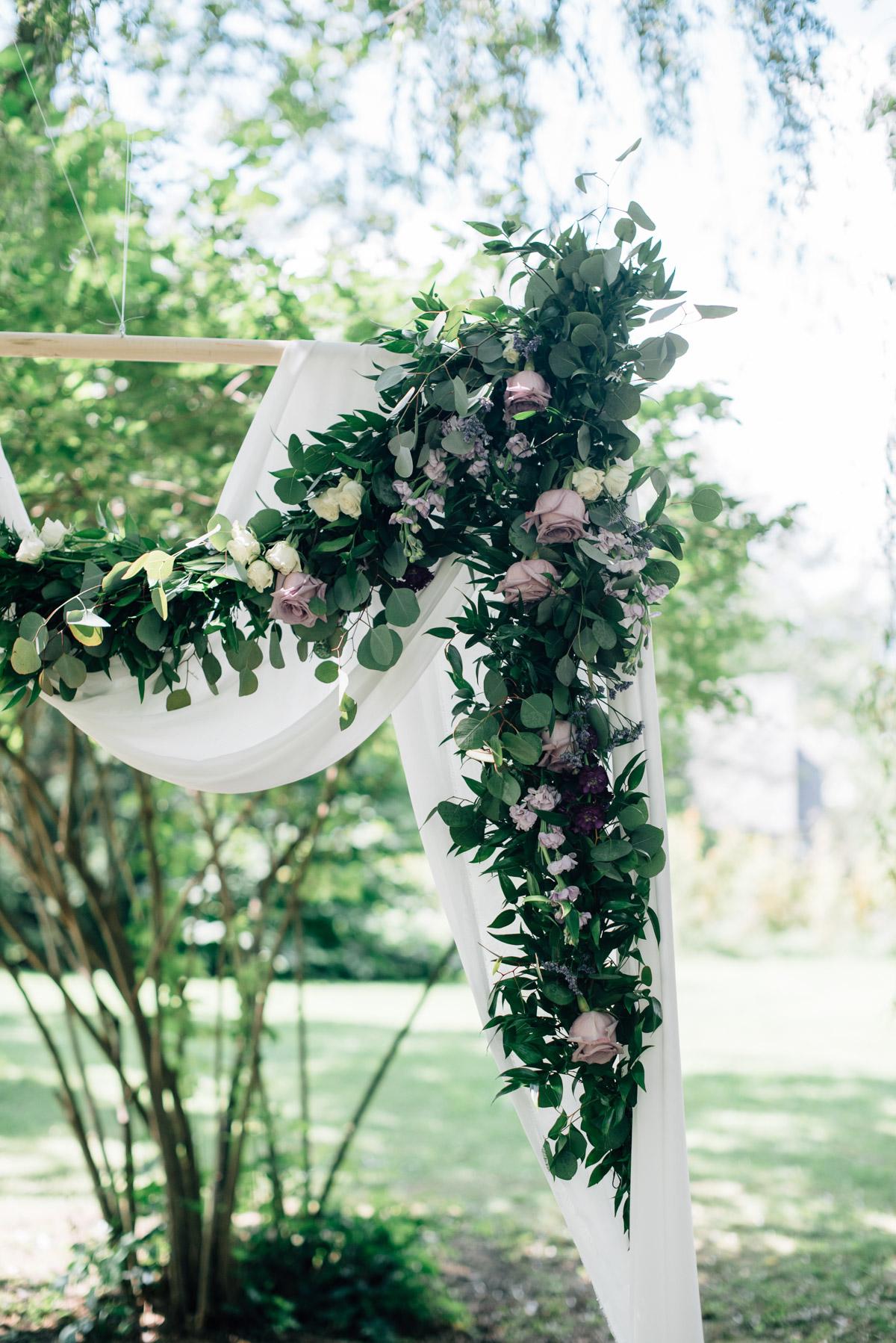 sara-wilde-photography-vineyard-bride-swish-list-beamer-falls-manor-grimsby-wedding-71.jpg