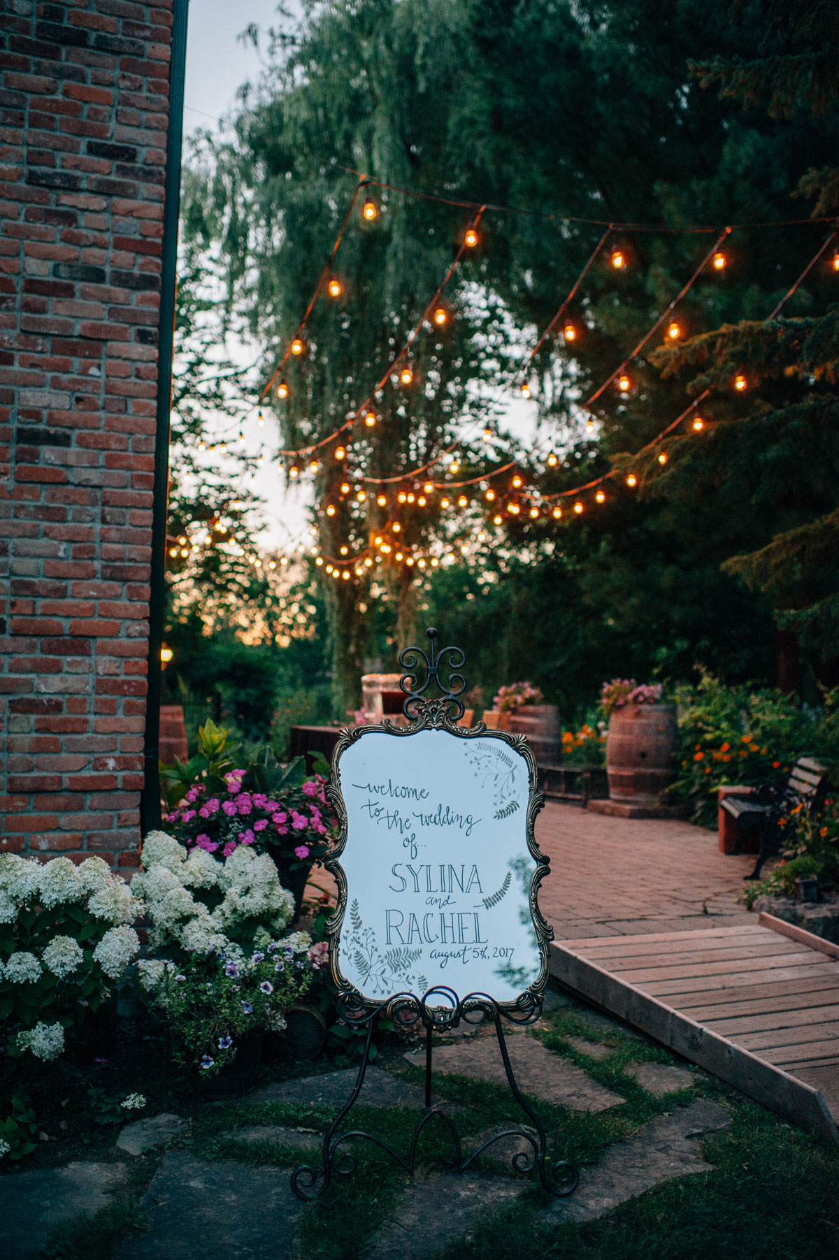 sara-wilde-photography-vineyard-bride-swish-list-beamer-falls-manor-grimsby-wedding-85.jpg