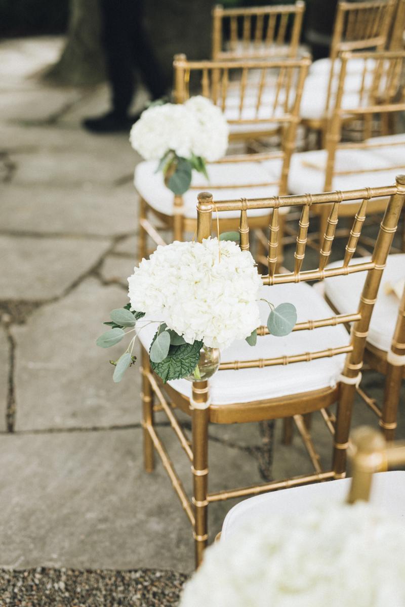 vineyard-bride-morning-light-photography-swish-list-outdoor-summer-wedding-grand-victorian-niagara-toronto-vendor043.JPG