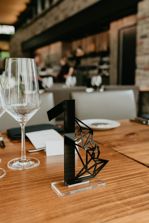 vineyard-bride-robin-sassi-outdoor-summer-wedding-redstone-winery-niagara-toronto-vendor-0030.JPG