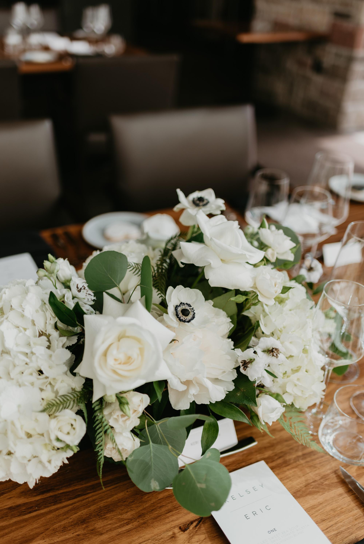 vineyard-bride-robin-sassi-outdoor-summer-wedding-redstone-winery-niagara-toronto-vendor-0034.JPG