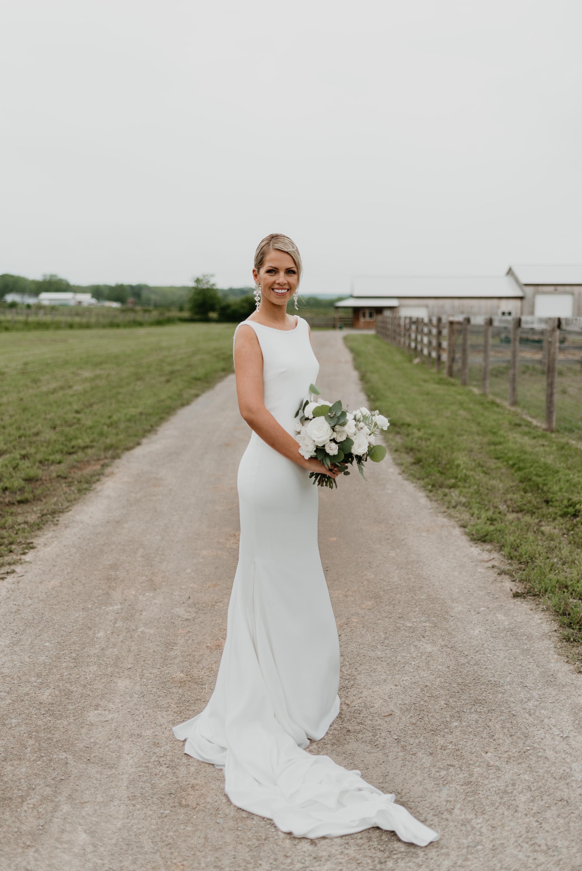 vineyard-bride-robin-sassi-outdoor-summer-wedding-redstone-winery-niagara-toronto-vendor-0059.JPG
