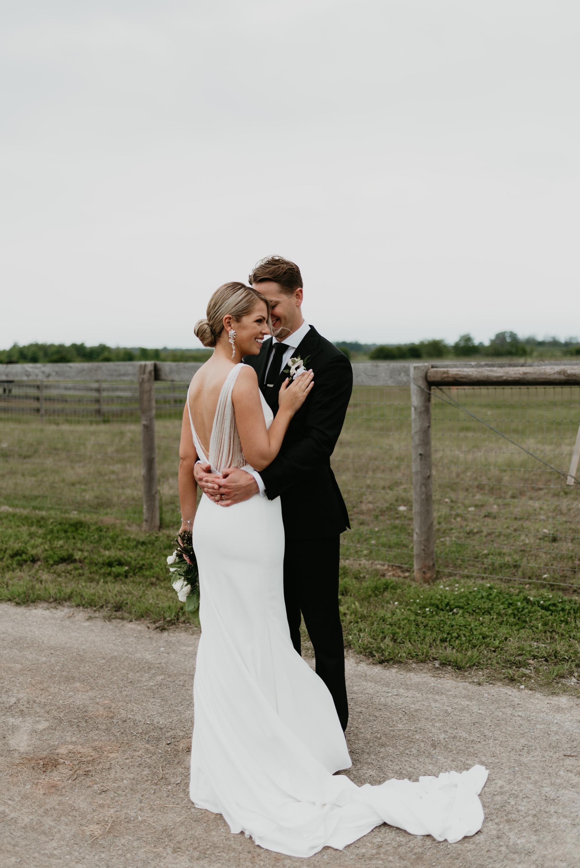 vineyard-bride-robin-sassi-outdoor-summer-wedding-redstone-winery-niagara-toronto-vendor-0062.JPG