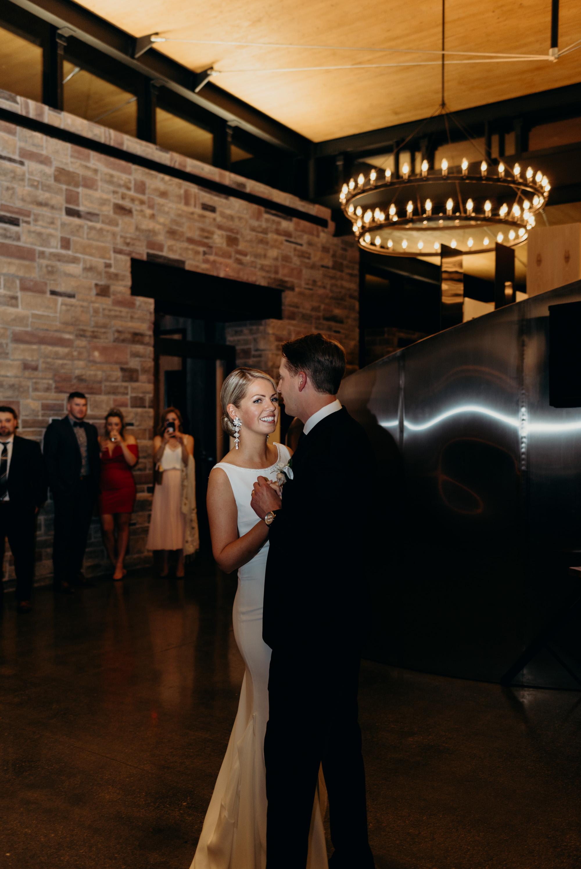 vineyard-bride-robin-sassi-outdoor-summer-wedding-redstone-winery-niagara-toronto-vendor-0064.JPG