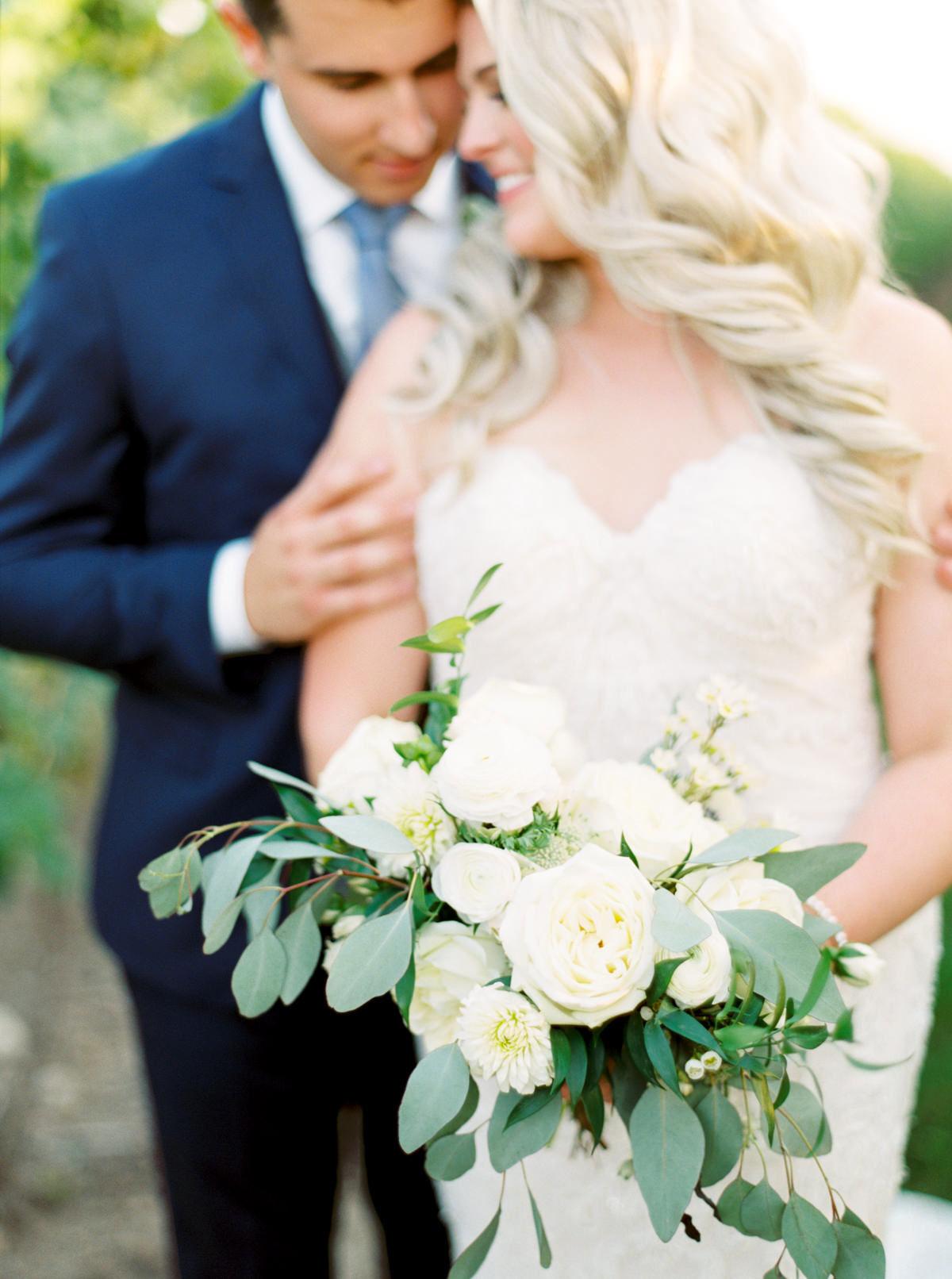 vineyard-bride-kayla-yestal-outdoor-summer-wedding-honsberger-estate-winery-niagara-toronto-vendor-0038.jpg