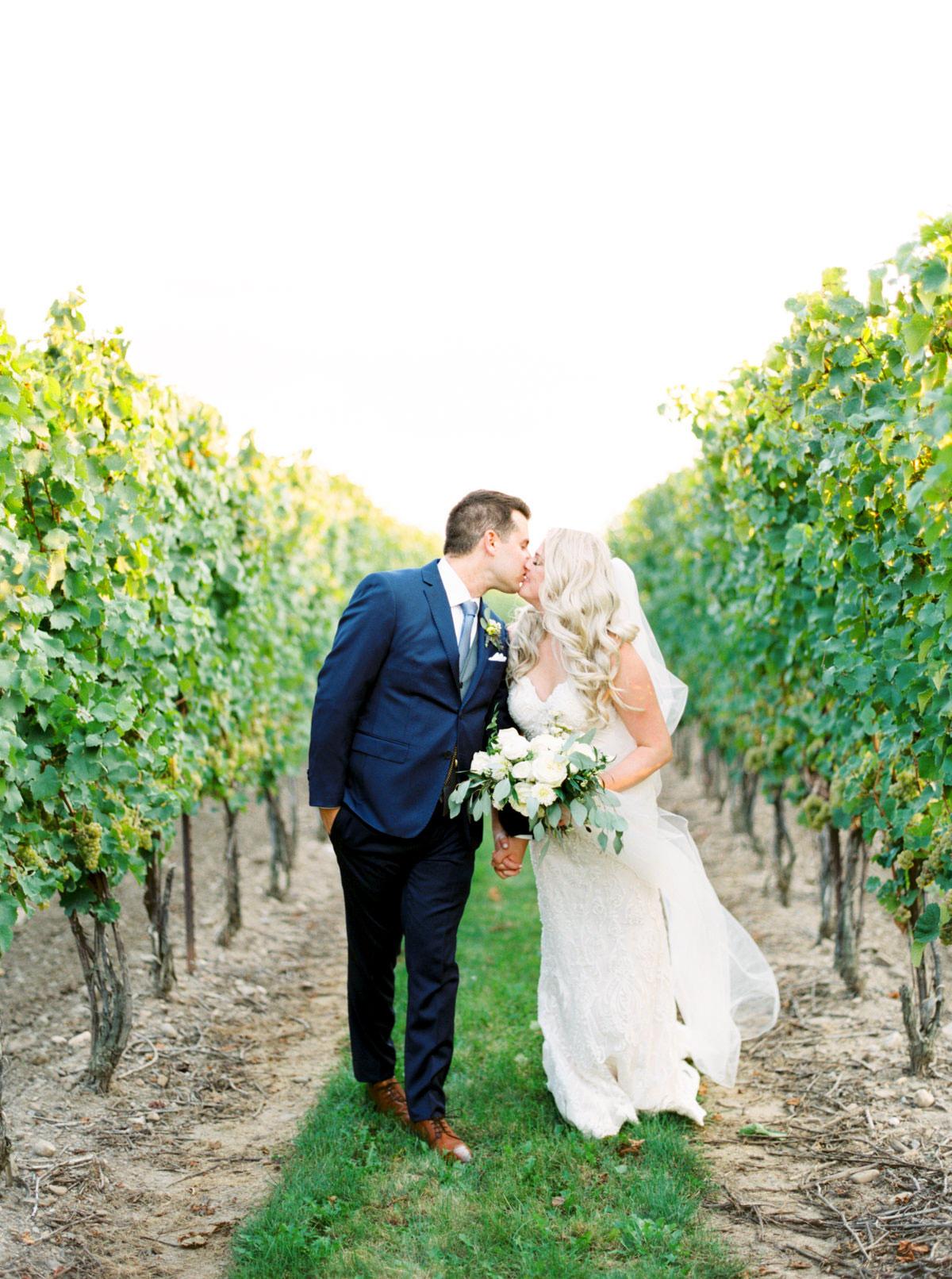 vineyard-bride-kayla-yestal-outdoor-summer-wedding-honsberger-estate-winery-niagara-toronto-vendor-0037.jpg