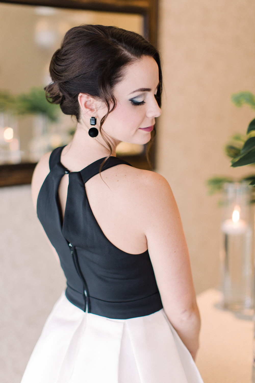 vineyard-bride-vendor-spotlight-honor-beauty-niagara-toronto-southern-ontario-wedding-hair-makeup-artist-mobile007.jpg