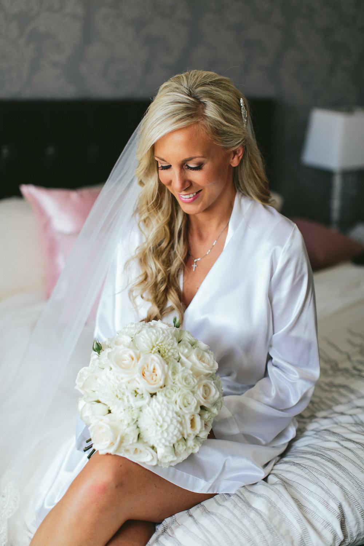 brandon-scott-photography-vineyard-bride-swish-list-stratus-vineyard-niagara-on-the-lake-wedding-3.jpg
