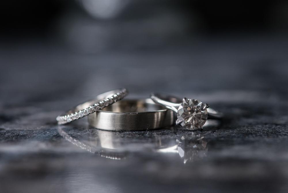 vineyard-bride-love-always-photography-ruthven-park-caygua-niagara-wedding-venue-toronto-southern-ontario005.jpg