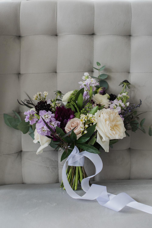 vineyard-bride-love-always-photography-ruthven-park-caygua-niagara-wedding-venue-toronto-southern-ontario008.jpg