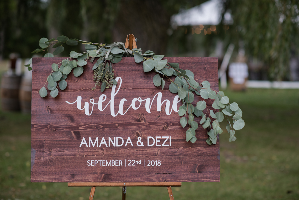 vineyard-bride-love-always-photography-ruthven-park-caygua-niagara-wedding-venue-toronto-southern-ontario013.jpg