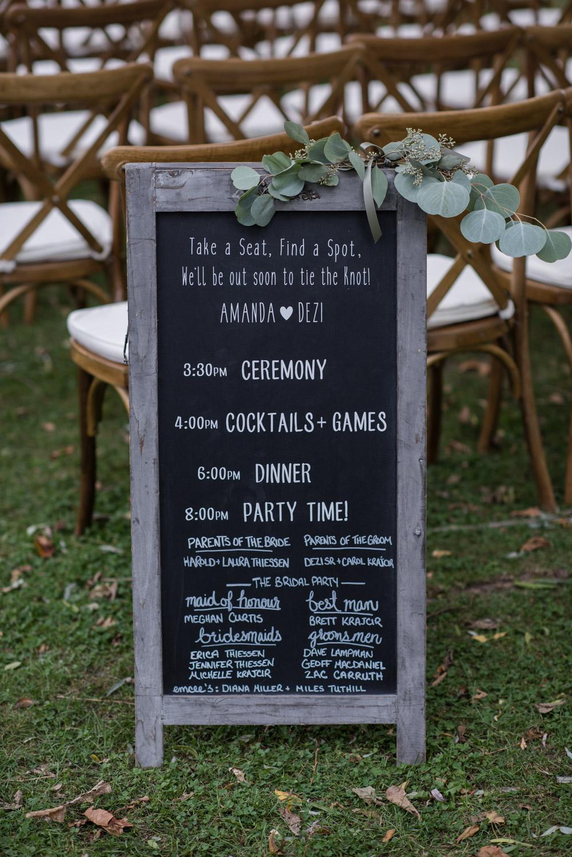 vineyard-bride-love-always-photography-ruthven-park-caygua-niagara-wedding-venue-toronto-southern-ontario016.jpg