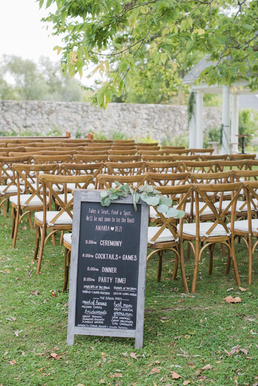 vineyard-bride-love-always-photography-ruthven-park-caygua-niagara-wedding-venue-toronto-southern-ontario017.jpg