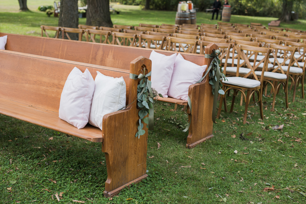 vineyard-bride-love-always-photography-ruthven-park-caygua-niagara-wedding-venue-toronto-southern-ontario019.jpg
