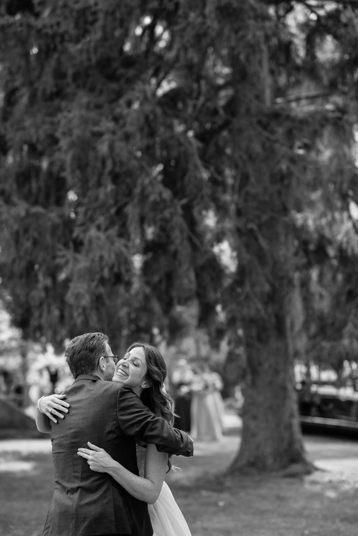 vineyard-bride-love-always-photography-ruthven-park-caygua-niagara-wedding-venue-toronto-southern-ontario022.jpg