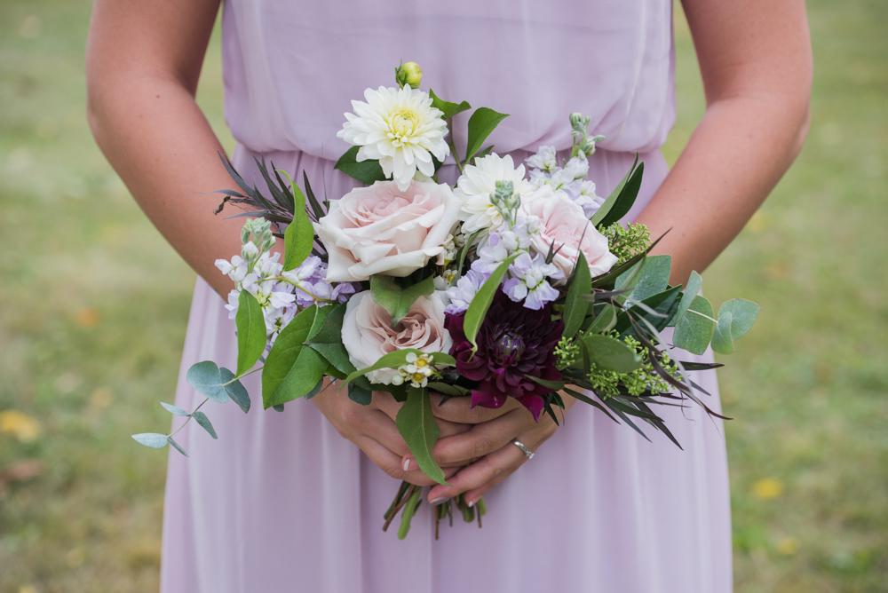 vineyard-bride-love-always-photography-ruthven-park-caygua-niagara-wedding-venue-toronto-southern-ontario035.jpg