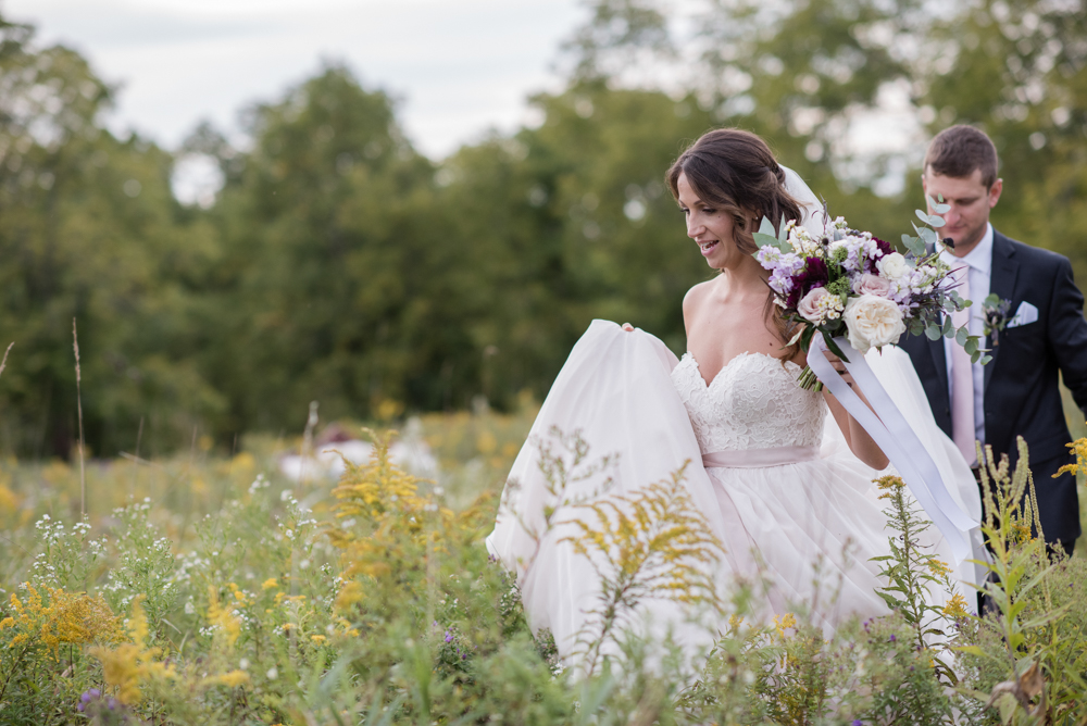 vineyard-bride-love-always-photography-ruthven-park-caygua-niagara-wedding-venue-toronto-southern-ontario042.jpg