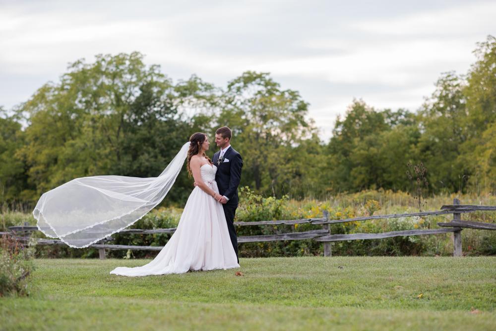vineyard-bride-love-always-photography-ruthven-park-caygua-niagara-wedding-venue-toronto-southern-ontario044.jpg
