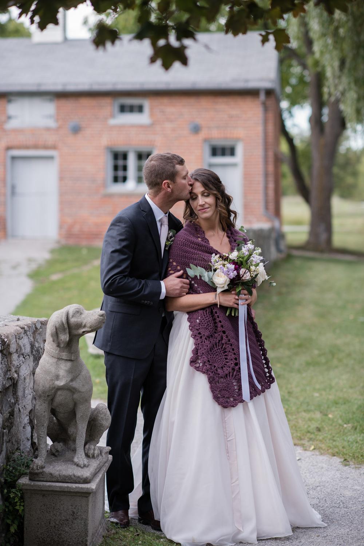 vineyard-bride-love-always-photography-ruthven-park-caygua-niagara-wedding-venue-toronto-southern-ontario051.jpg