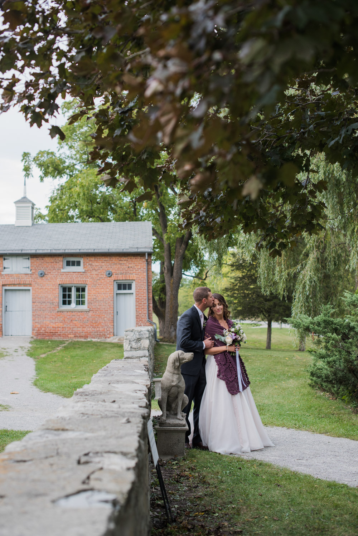 vineyard-bride-love-always-photography-ruthven-park-caygua-niagara-wedding-venue-toronto-southern-ontario052.jpg