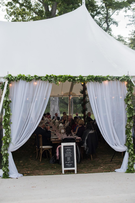 vineyard-bride-love-always-photography-ruthven-park-caygua-niagara-wedding-venue-toronto-southern-ontario053.jpg
