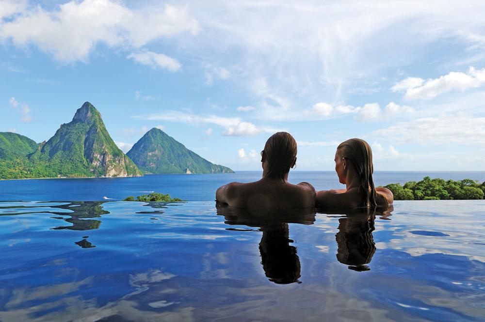 travel-agent-next-door-swish-list-vineyard-bride-niagara-wedding-destination-15.jpg