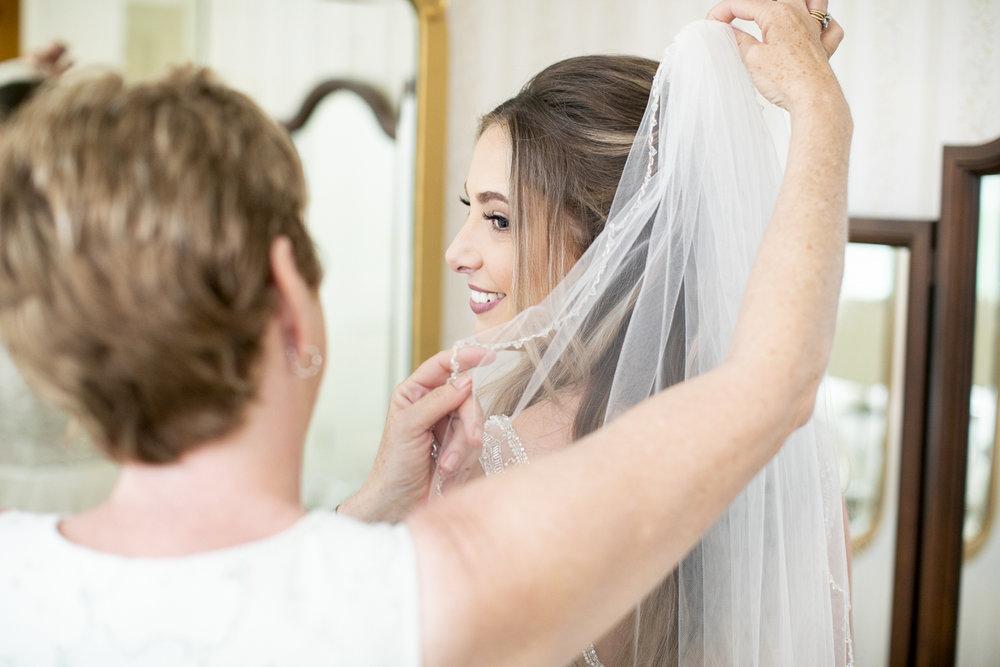 vineyard-bride-philosophy-studios-outdoor-summer-wedding-the-tamahaac-club-niagara-ancaster-toronto-vendor-0022.JPG