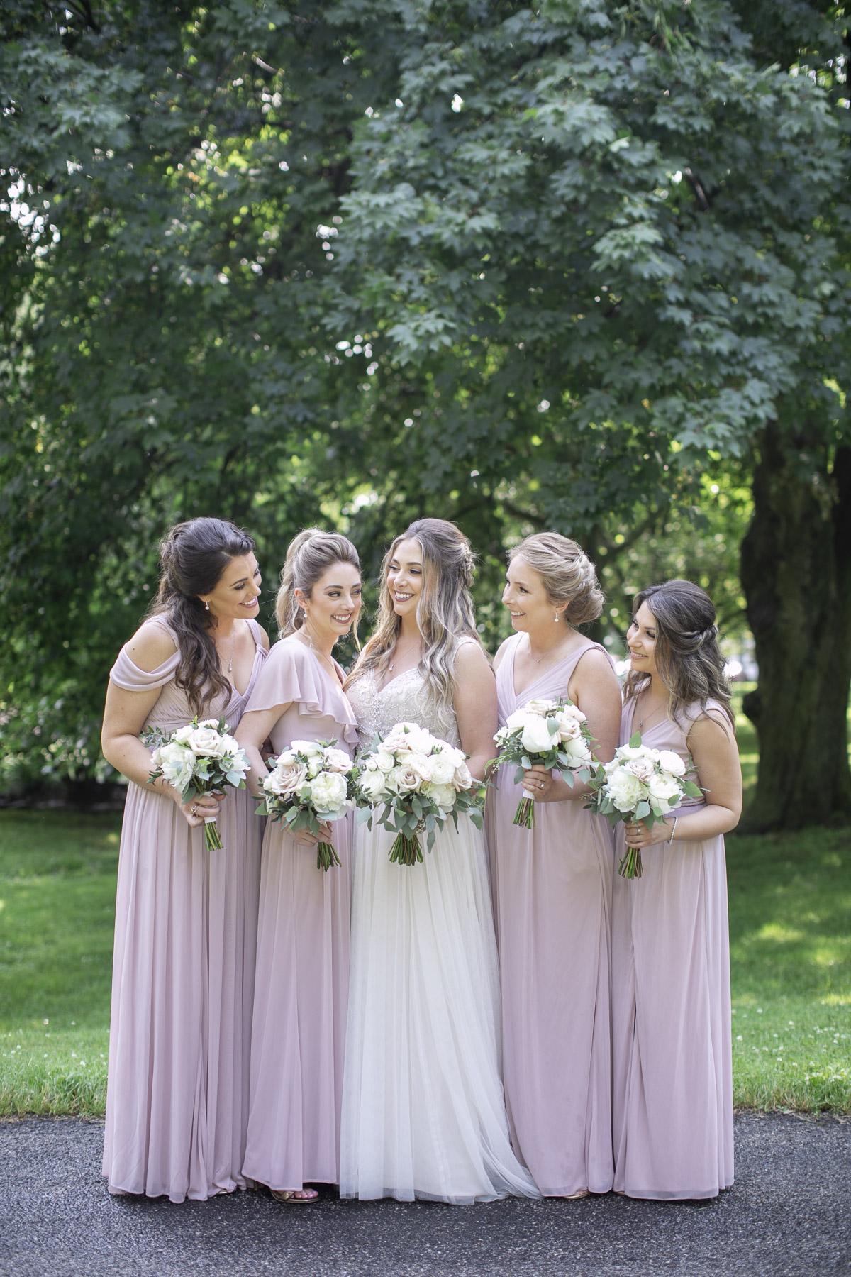 vineyard-bride-philosophy-studios-outdoor-summer-wedding-the-tamahaac-club-niagara-ancaster-toronto-vendor-0047.JPG