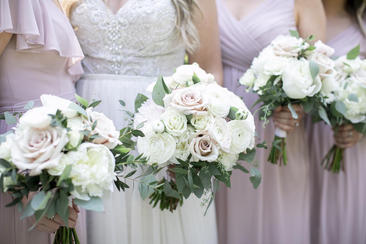 vineyard-bride-philosophy-studios-outdoor-summer-wedding-the-tamahaac-club-niagara-ancaster-toronto-vendor-0048.JPG