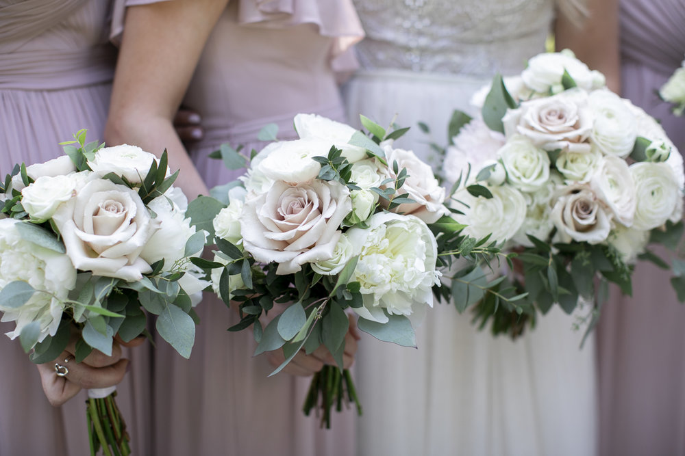 vineyard-bride-philosophy-studios-outdoor-summer-wedding-the-tamahaac-club-niagara-ancaster-toronto-vendor-0049.JPG