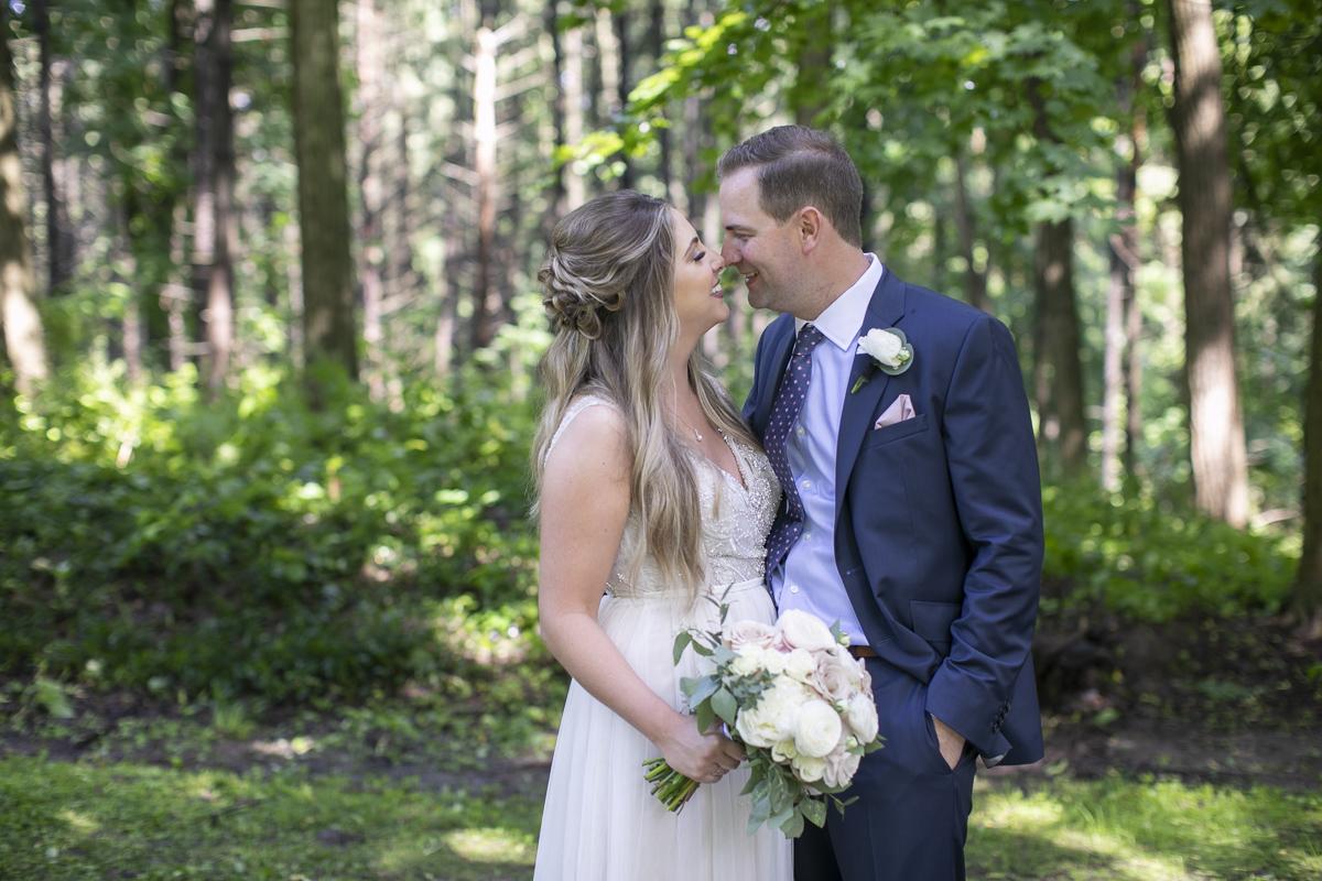 vineyard-bride-philosophy-studios-outdoor-summer-wedding-the-tamahaac-club-niagara-ancaster-toronto-vendor-0065.JPG