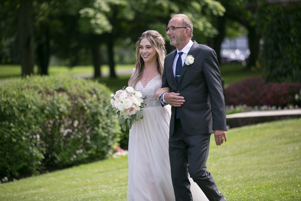 vineyard-bride-philosophy-studios-outdoor-summer-wedding-the-tamahaac-club-niagara-ancaster-toronto-vendor-0075.JPG