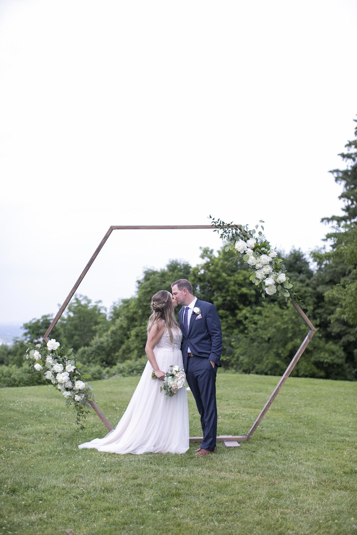 vineyard-bride-philosophy-studios-outdoor-summer-wedding-the-tamahaac-club-niagara-ancaster-toronto-vendor-0085.JPG